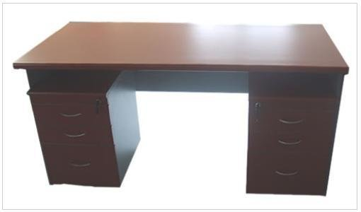 The difference between modern and traditional office furniture