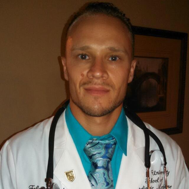 Dr. Felipe Peterson, DPM