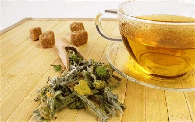 Ρόφημα με τσάι βουνού