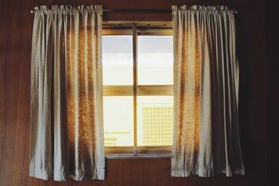 Make Your Home Beautiful With The Custom Drapery Window Treatment
