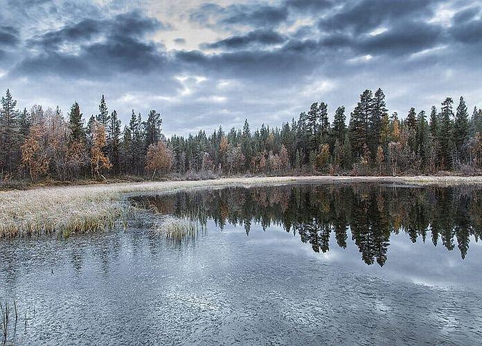 Question n°4 : Pourquoi les lacs gèlent en surface ?