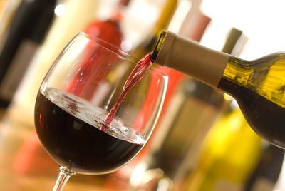What Got Look Out For In A Wine And Food Enthusiasts