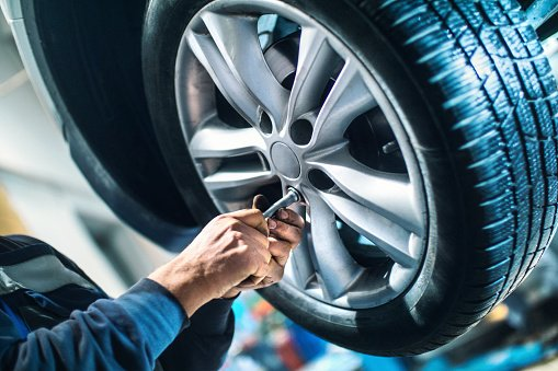 Tips To Choose The Best Wheel Alignment Contractor