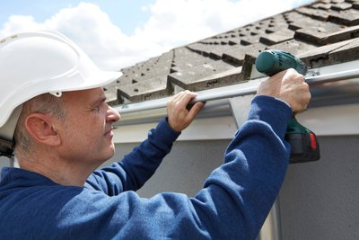What to Check When Finding a Roofing Company