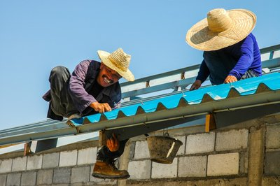 Just how to Select a Roofing Contractor