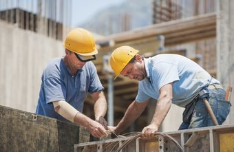 Factors to Consider When Choosing a General Contractor