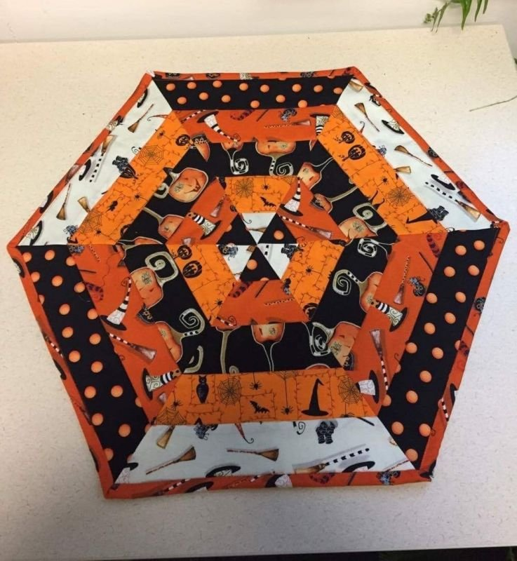 Halloween Table Top Quilt